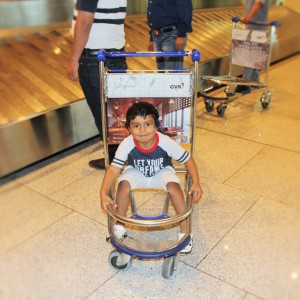 After the merry-go-round trolley ride @ the Chhatrapati Shivaji International Airport.