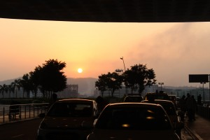 The dawn at the Mumbai international airport...afternoon was going to be in Delhi :)